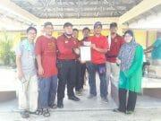 JAMK Ampang terima sijil penghargaan dari PIBG SRA Lembah Jaya